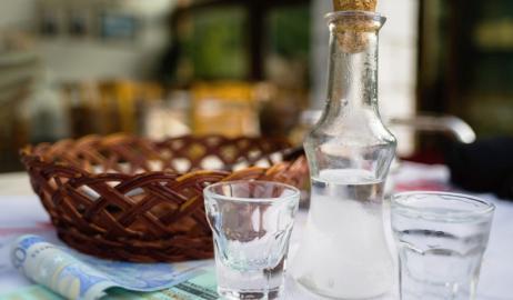 Ρακή ή Τσικουδιά η Ελληνική