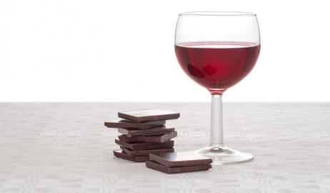 Σοκολάτα και κόκκινο κρασί, ασπίδα κατά του Αλτσχάιμερ