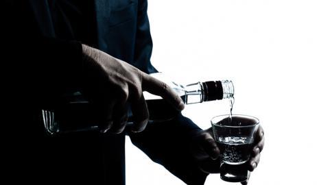 Vodka, η υπερκατανάλωση εγκυμονεί κινδύνους