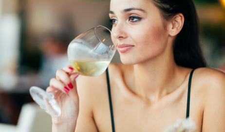 Drunkorexia: η νέα επικίνδυνη διατροφική διαταραχή