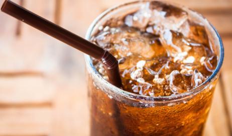 Τι συμβαίνει στο σώμα μας αν κόψουμε την Cola διαίτης;