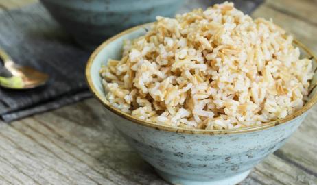 Άσπρο vs καστανό ρύζι για απώλεια βάρους