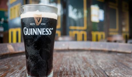 Κι όμως η Guiness δεν είναι μαύρη μπύρα!