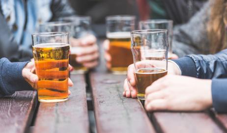 Γιατί η μπύρα προκαλεί συσσώρευση λίπους;