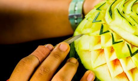 Η τέχνη της γλυπτικής φρούτων και λαχανικών