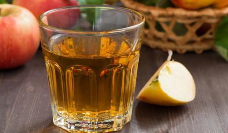 Πίνοντας ξύδι: η νέα μόδα στα cocktail και τα ροφήματα ή ένα υγιεινό τονωτικό;