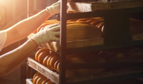 Η επιστήμη της παρασκευής ψωμιού αποκαλύπτει τα μυστικά της γεύσης και του αρώματος