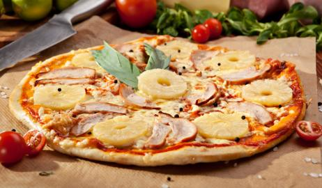 Πέθανε ο Έλληνας εμπνευστής της πίτσας με ανανά