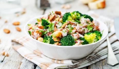 Οι χορτοφαγικές δίαιτες είναι δύο φορές πιο αποτελεσματικές για την απώλεια βάρους