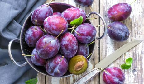 Βανίλιες και φρέσκα δαμάσκηνα, τα νόστιμα και θρεπτικά low profile καλοκαιρινά φρούτα