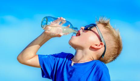 Τα μεγάλα διατροφικά ΝΑΙ και ΟΧΙ για τις ζεστές καλοκαιρινές μέρες