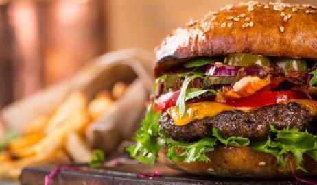 Στην Ελλάδα το βραβείο καλύτερου burger στον κόσμο