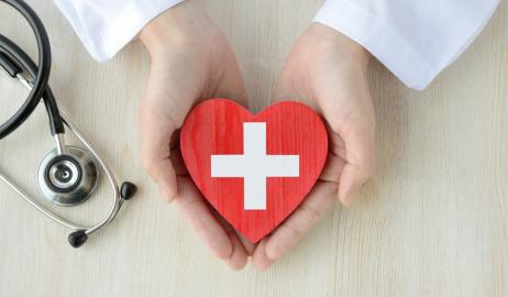 Τροφές που ωφελούν την υγεία της καρδιάς σύμφωνα με τους καρδιολόγους