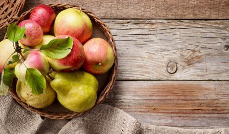 Φρέσκα φρούτα και λαχανικά για το καλάθι του Οκτωβρίου