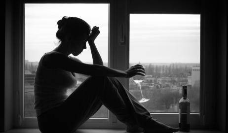 Η υπερβολική κατανάλωση αλκοόλ έχει διαφορετικές επιδράσεις στον ανδρικό και γυναικείο εγκέφαλο