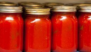 Σάλτσα τομάτας: Τα οφέλη της και όλα όσα πρέπει να ξέρετε