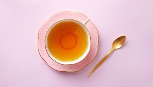 Πολυφαινόλη στο πράσινο τσάι προστατεύει από την παχυσαρκία και τη γνωστική υποβάθμιση που προκαλείται από τη δυτικού τύπου διατροφή