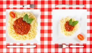 Απώλεια βάρους: λιγότερες θερμίδες ή μικρότερες μερίδες;