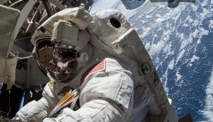 Τα μικρόβια μπορεί να βοηθήσουν τους αστροναύτες να μετατρέψουν τα περιττώματά τους σε τρόφιμα