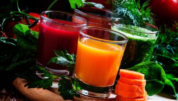 Πώς να φτιάξετε νόστιμο χυμό λαχανικών