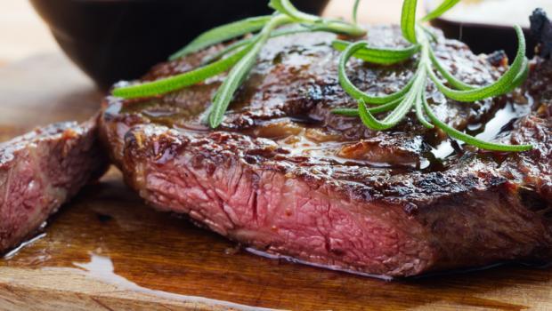 Πόσο καλοψημένο πρέπει να είναι το κρέας που τρώμε;