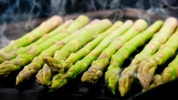 BBQ με διαφορετικά λαχανικά