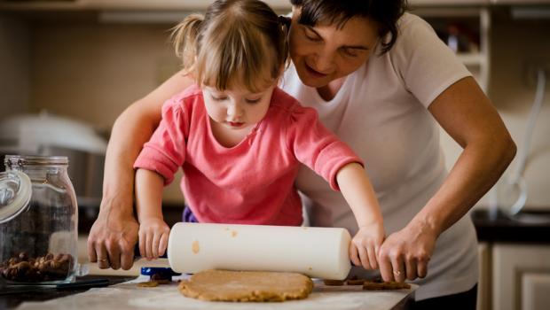 Γιατί  μαγειρεύοντας  με τα παιδιά είναι τόσο σημαντικό