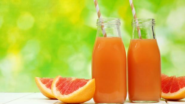 Γιατί δεν πρέπει να πίνουμε συχνά φρουτοχυμούς αλλά να προτιμάμε τα ολόκληρα φρούτα