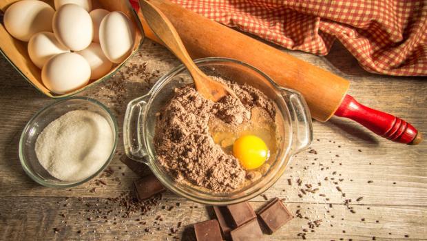 Πόσο ασφαλή είναι τα ωμά αυγά;