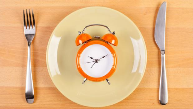 Η νέα τάση διατροφής: Διαλείπουσα νηστεία