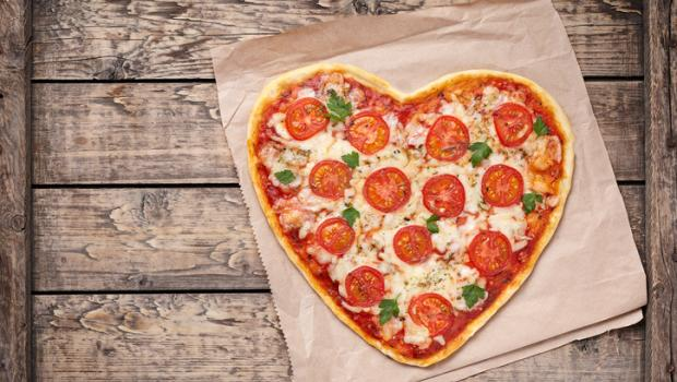 5 tips για να παραγγείλετε μια πιο υγιεινή pizza