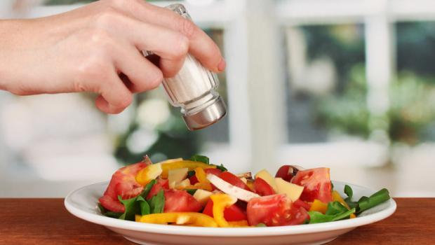 Μειώστε τη νυκτουρία περιορίζοντας το αλάτι