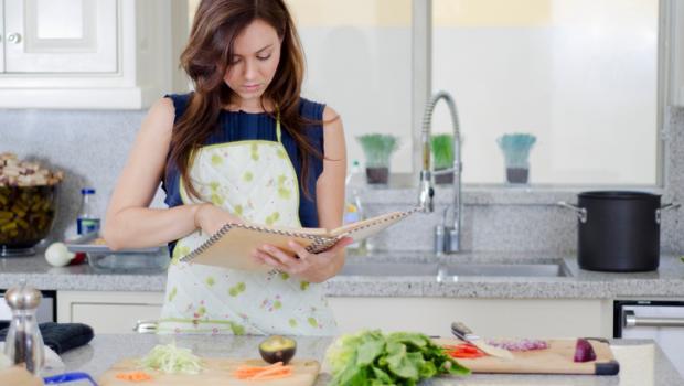 Ασφάλεια τροφίμων: το συστατικό που λείπει από τα βιβλία μαγειρικής