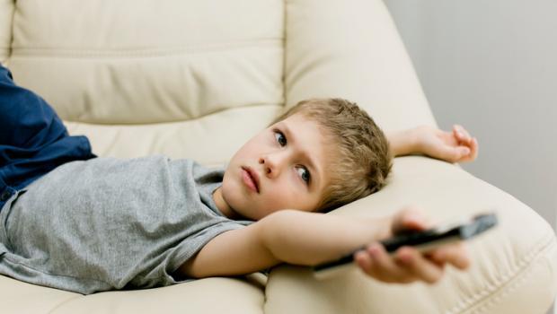 Τα παιδιά που αναγνωρίζουν την εμπορική επωνυμία ανθυγιεινών τροφίμων είναι πιθανότερο να γίνουν παχύσαρκα
