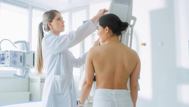Υπάρχει συσχέτιση του καρκίνου του μαστού, της παχυσαρκίας και της έλλειψης βιταμίνης D;