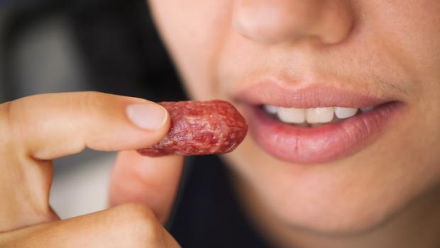Μήπως το επεξεργασμένο κρέας αυξάνει τον κίνδυνο καρκίνου του μαστού;