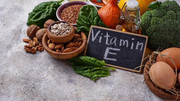 Ποια μεταβλητή υπαγορεύει το πώς τα συμπληρώματα της βιταμίνης Ε θα επηρεάσουν τον κίνδυνο καρκίνου;