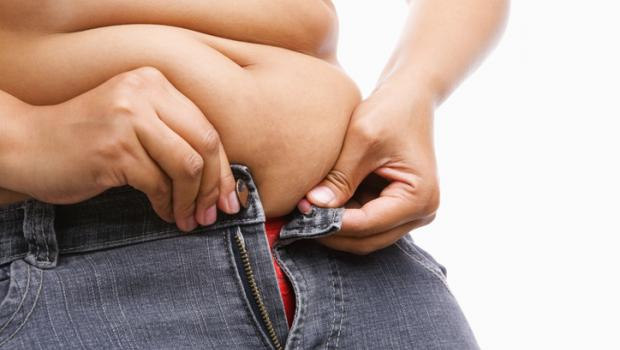 Μια μεγαλύτερη κοιλιά μπορεί να οδηγήσει σε έναν μικρότερο εγκέφαλο