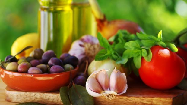 H Μεσογειακή διατροφή στη μάχη κατά του εκφυλισμού του εγκεφάλου