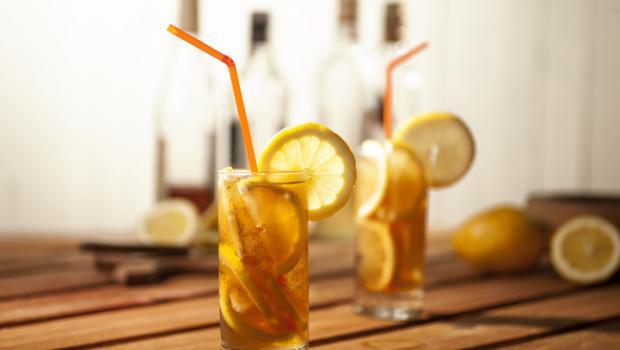 Η μεγάλη κατανάλωση ποτών μπορεί να αλλάξει το DNA και να αυξήσει την όρεξή σας για το αλκοόλ