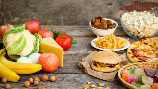 Μια διατροφή πλούσια σε λιπαρά μεταβάλλει την μικροχλωρίδα και τον κίνδυνο ασθένειας