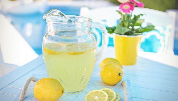 Η λεμονάδα της Κατερίνας: Το μυστικό για την πιο επιτυχημένη σπιτική συνταγή