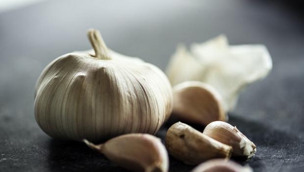 Το σκόρδο 100 φορές πιο αποτελεσματικό από τα αντιβιοτικά