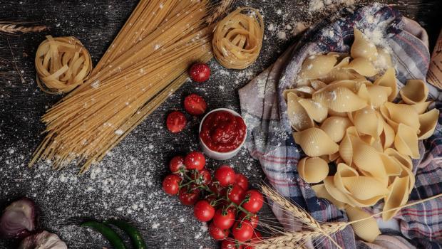 5 λόγοι για να αγαπήσετε και να γιορτάσετε την Παγκόσμια Ημέρα Ζυμαρικών